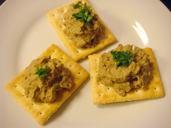 Beef liver pâté + crackers = Heaven